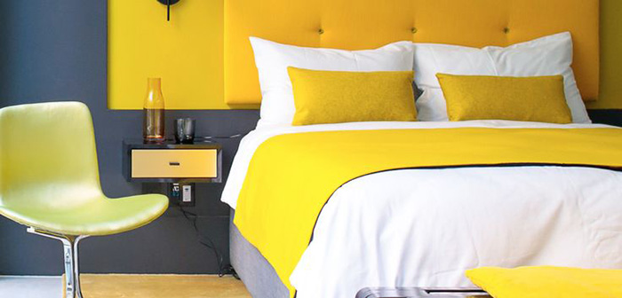 The William NYC Yellow Bedroom